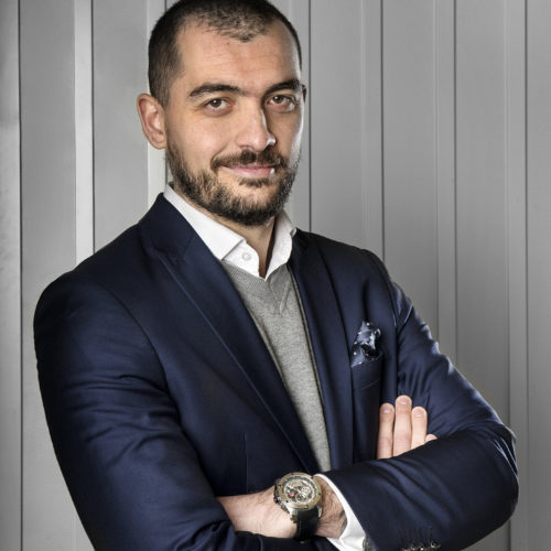 Adán Gómez
